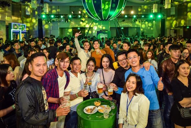 Gioi tre Hue vui 'quen loi ve' tai Tuborg Open Party 2018 hinh anh 1