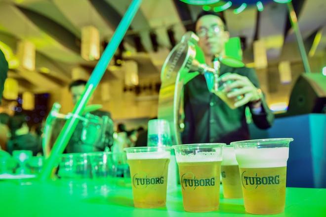 Gioi tre Hue vui 'quen loi ve' tai Tuborg Open Party 2018 hinh anh 2