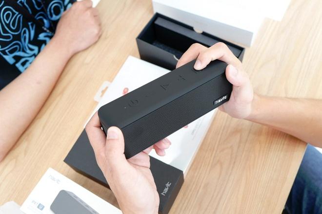Oppo mo ban Reno2 va Reno2 F, tang tai nghe va loa Bluetooth hinh anh 4