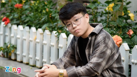 Chu nhan hit 'Cung anh': 'Nhieu nguoi soc vi ngoai hinh cua toi' hinh anh