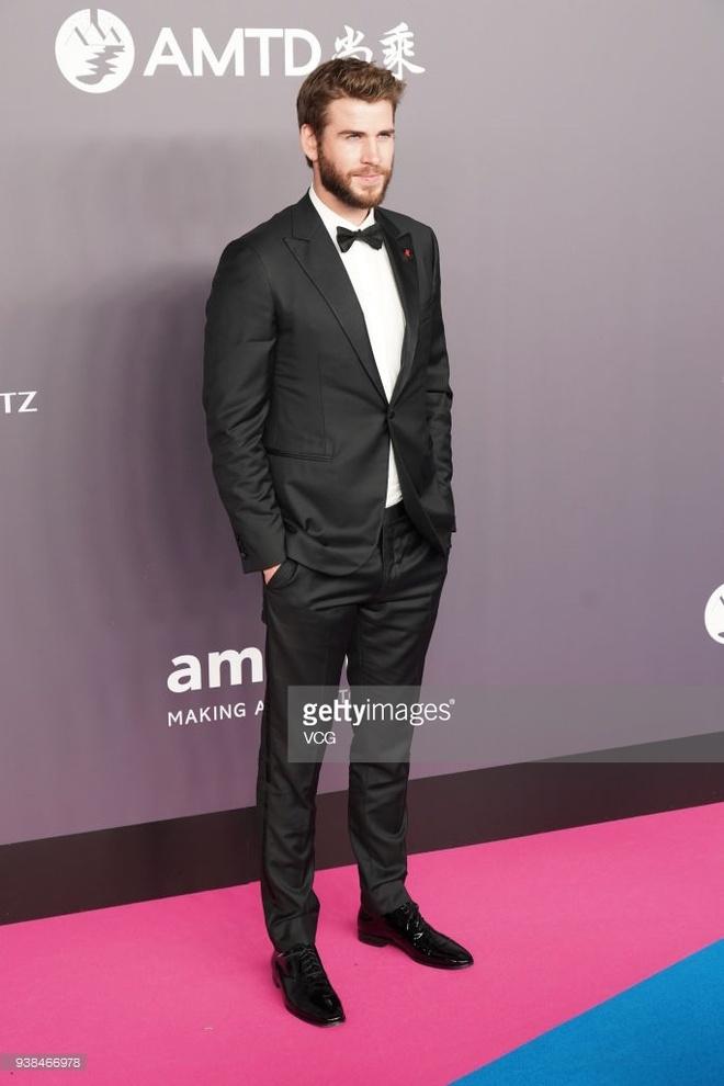 Liam Hemsworth hoi ngo Choi Si Won va Ngo Ton o Hong Kong hinh anh 1