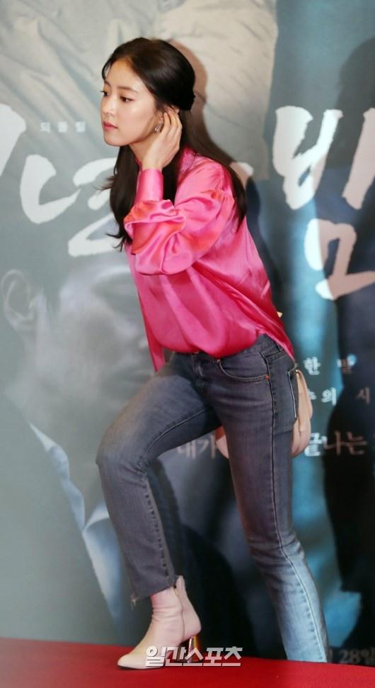 Jang Dong Gun moi dan sao hang A du tham do cong chieu phim moi hinh anh 11