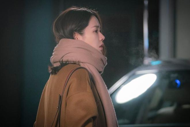 Son Ye Jin mac chat nhu the nao trong 'Chi dep mua com ngon cho toi' hinh anh 4