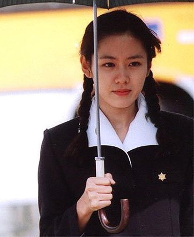 Son Ye Jin: Minh tinh 18 nam van dep rang ngoi tren man anh hinh anh 3