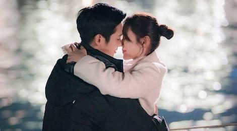 'Chi dep mua com' tap 4: Jin Ah co nu hon dau voi em trai cua ban than hinh anh
