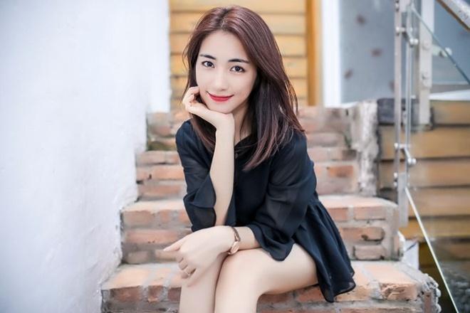 Hoa Minzy ke chuyen gap nguoi cua 'Hoi Thanh Duc Chua Troi' hinh anh 1