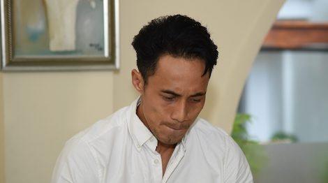 Pham Anh Khoa: 'Chi muon con gai tro ve nha, de om va noi loi xin loi' hinh anh