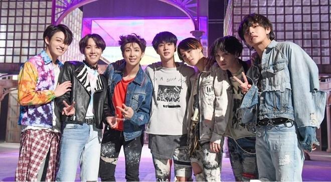 BTS dap lai loi chuc mung dung dau Billboard cua Tong thong Han Quoc hinh anh 2