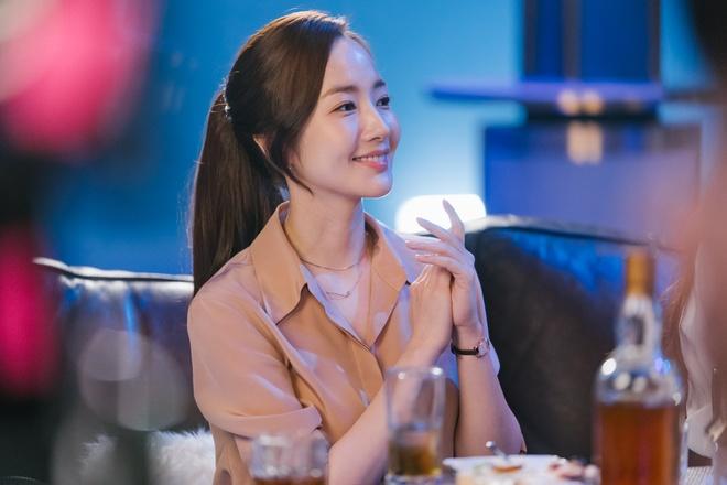 'Thu ky Kim': Chuyen tinh giam doc va thu ky khong nham chan hinh anh 4
