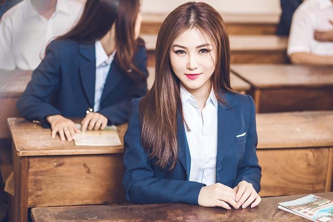 Huong Tram theo duoi trao luu co trang trong MV moi hinh anh 2