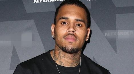 Chris Brown lai bi bat vi hanh hung nguoi vo toi hinh anh