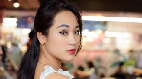 Diem Hang Nhat ky Vang Anh: 'Soc vi tang can qua da, chan bi teo nho' hinh anh