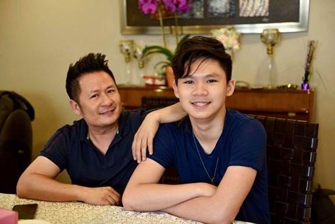 Con trai Bang Kieu dem dan cho bo cover hit 'Nguoi hay quen em di' hinh anh 2