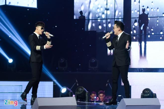 Toc Tien van quyen ru khi mac ao dai, lan at thi sinh The Voice 2018 hinh anh 7