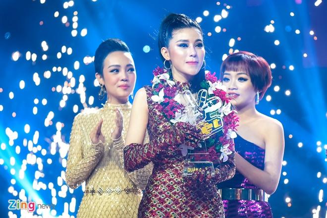 Toc Tien van quyen ru khi mac ao dai, lan at thi sinh The Voice 2018 hinh anh 13