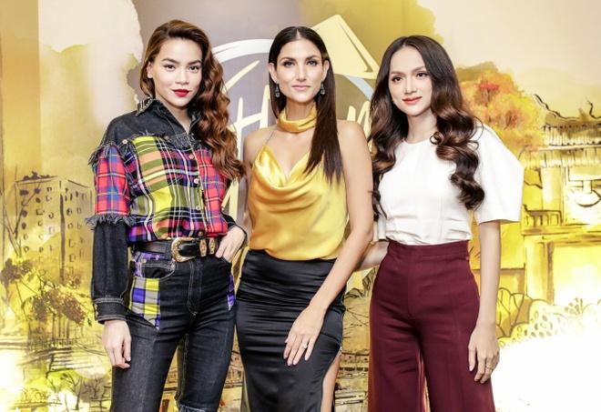Sieu mau Asia's Next Top Model den Viet Nam quay show du lich Viet Nam hinh anh 6