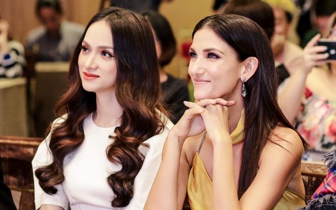 Sieu mau Asia's Next Top Model den Viet Nam quay show du lich Viet Nam hinh anh 5