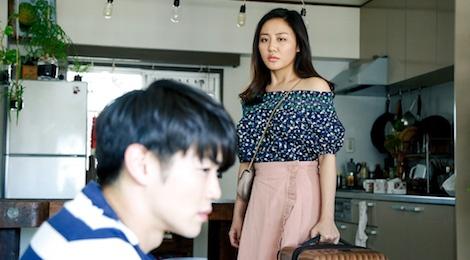 Van Mai Huong ra mat ca khuc noi ve viec nguoi phu nu bi chong bo hinh anh