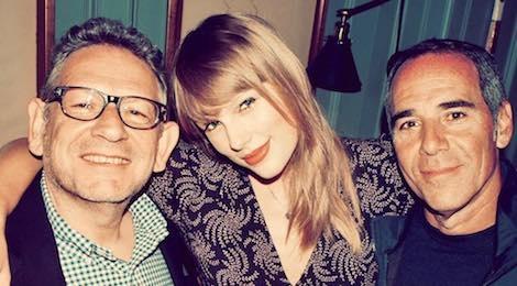Taylor Swift tuyen bo roi bo hang dia da gan bo gan 15 nam hinh anh