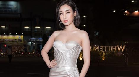 Do My Linh, Huyen My va dan my nhan Viet goi cam di xem thoi trang hinh anh