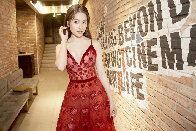 Sara Luu: 'Duong Khac Linh khong cho toi mua bai cua nhac si khac' hinh anh 3