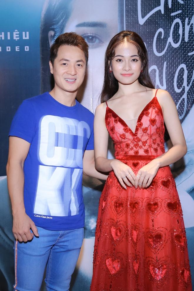 Sara Luu: 'Duong Khac Linh khong cho toi mua bai cua nhac si khac' hinh anh 11