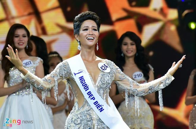 H'Hen Nie: Tu nguoi mau gay go den Top 5 Hoa hau Hoan vu 2018 hinh anh 9