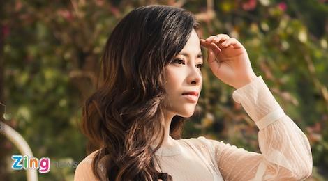 10 nam ca hat, Duong Hoang Yen lan dau duoc chu y nho MV tinh tay ba hinh anh