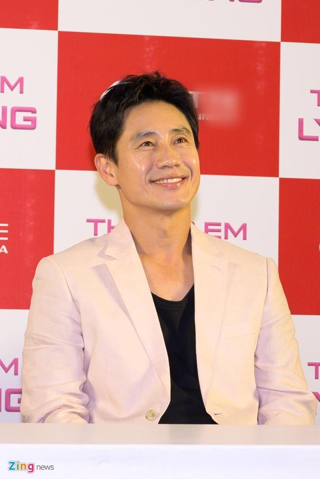 Kwang Soo (Running Man) banh bao trong buoi ra mat phim o Sai Gon hinh anh 6