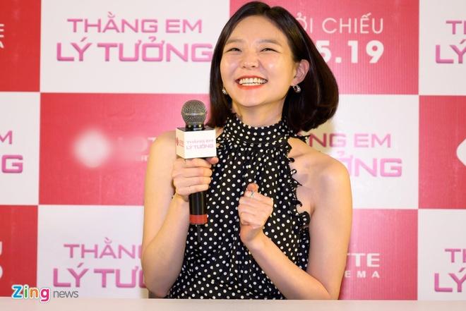 Kwang Soo (Running Man) banh bao trong buoi ra mat phim o Sai Gon hinh anh 5