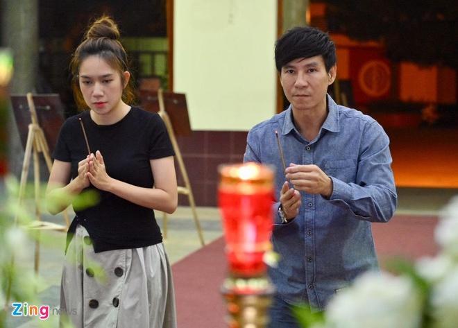 Sao Viet dua tien nghe si Le Binh anh 9