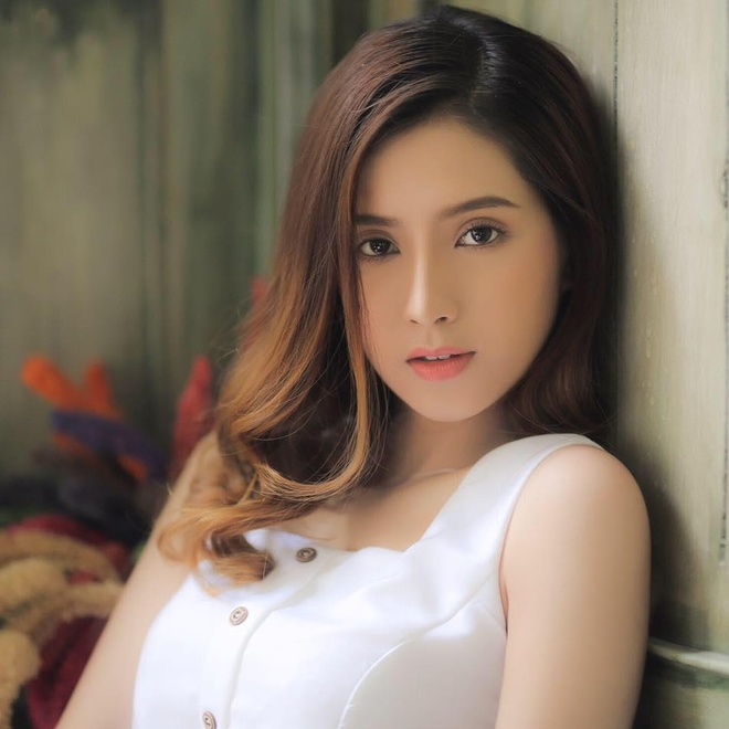 Nhan sac giong Angela Phuong Trinh cua hot girl 9X dong MV 'To tinh' hinh anh 2