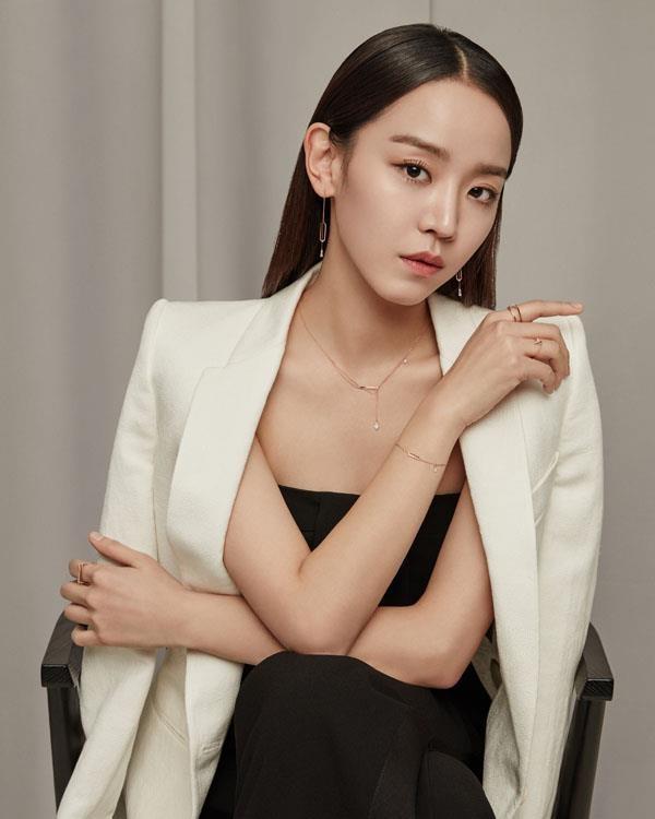 shin hye sun tu vai phu tuoi thanh xuan anh 1