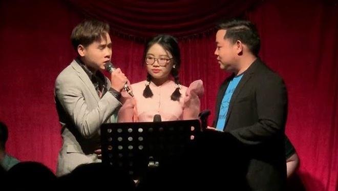 Quang Le hat 'Con duong xua em di' cung Phuong My Chi va con nuoi moi hinh anh
