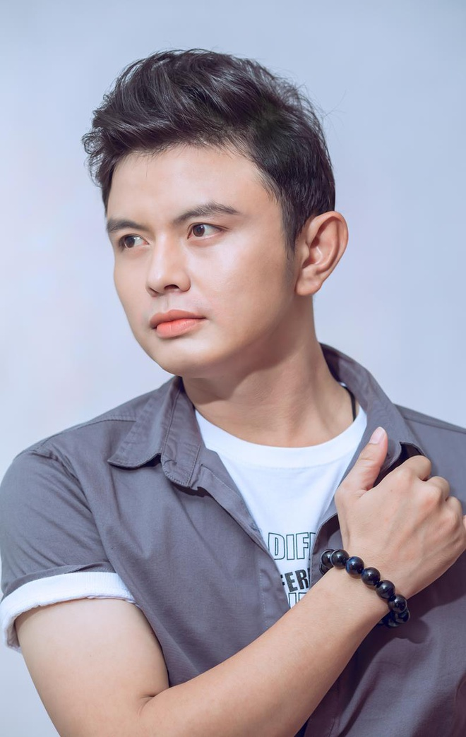 Nguoi dau tien cover 'Do ta khong do nang' quyet dinh lan san showbiz hinh anh 2