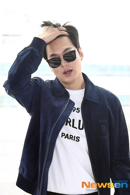 Lee Min Ho xuat hien dien trai tai san bay sau khi bi che vi tang can hinh anh 2