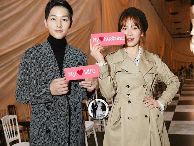 Song Joong Ki, Song Hye Kyo len tieng ve on ao ngoai tinh hinh anh 1