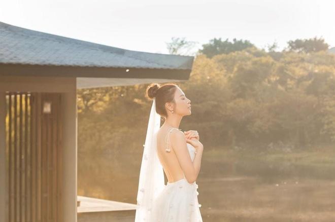 Cuong Do La hon Dam Thu Trang trong video truoc ngay cuoi hinh anh 2