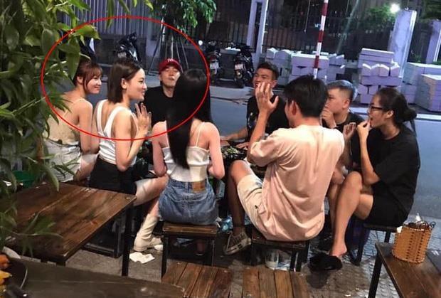 Ninh Duong Lan Ngoc bi bat gap tu tap ban be cung Chi Dan hinh anh 1