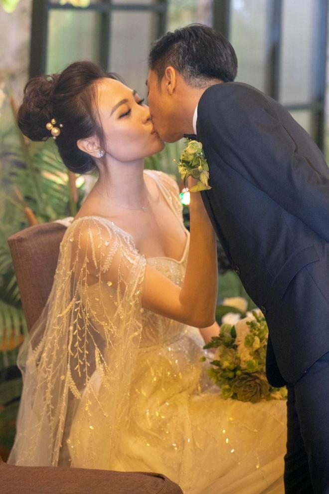 Cuong Do La phan ung manh khi Dam Thu Trang bi noi lay chong vi tien hinh anh 2