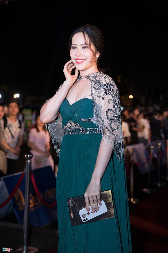 Minh Quan, Mai Phuong Thuy va nhung sao Viet tang can trong thay hinh anh 13