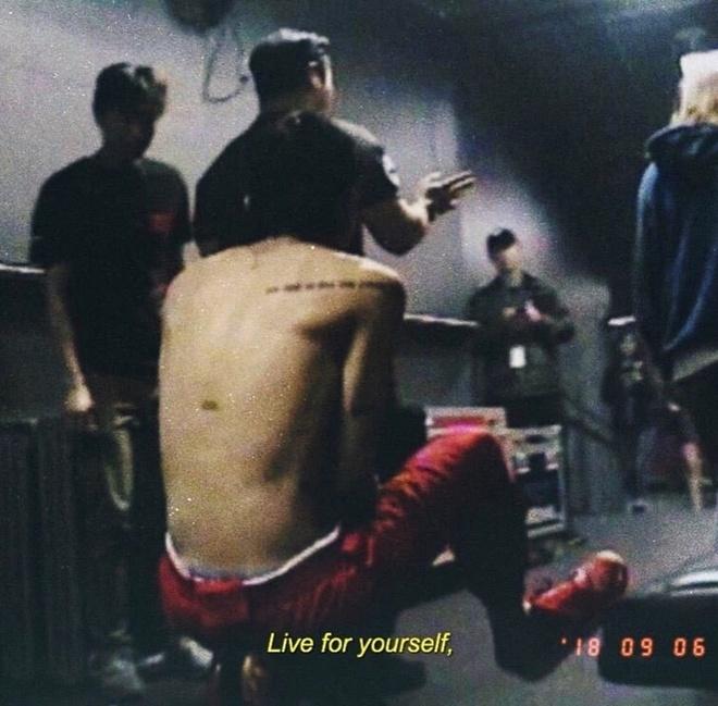 G-Dragon giup co phieu YG tang cham dinh du chua xuat ngu hinh anh 1
