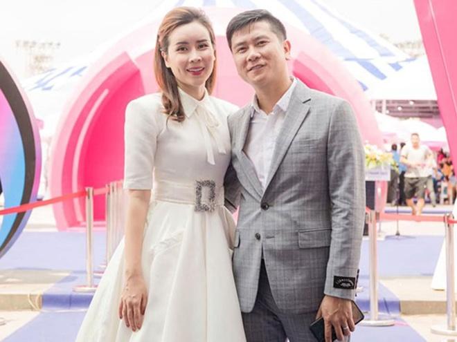 Ho Hoai Anh: 'Cuoc hon nhan nao cung co song gio' hinh anh 1