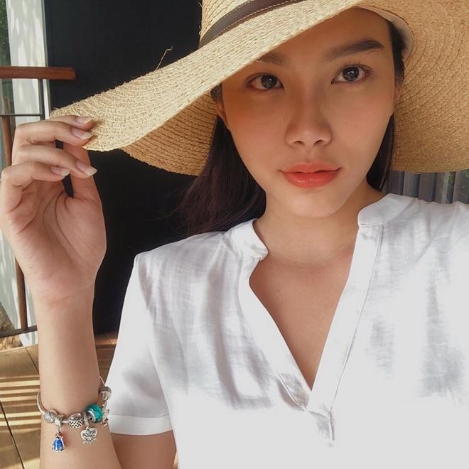 Voc dang goi cam cua dien vien Thanh Tu hinh anh 1
