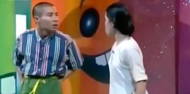 Man danh ghen noi tieng cua Cong Ly o Gala cuoi 2003 hinh anh