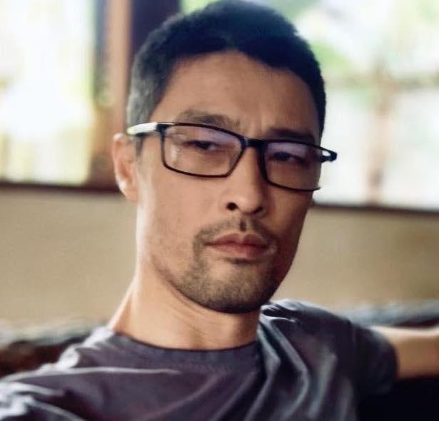 Johnny Tri Nguyen lay lai phong do sau khi cao rau hinh anh 1