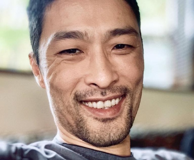 Johnny Tri Nguyen lay lai phong do sau khi cao rau hinh anh 2