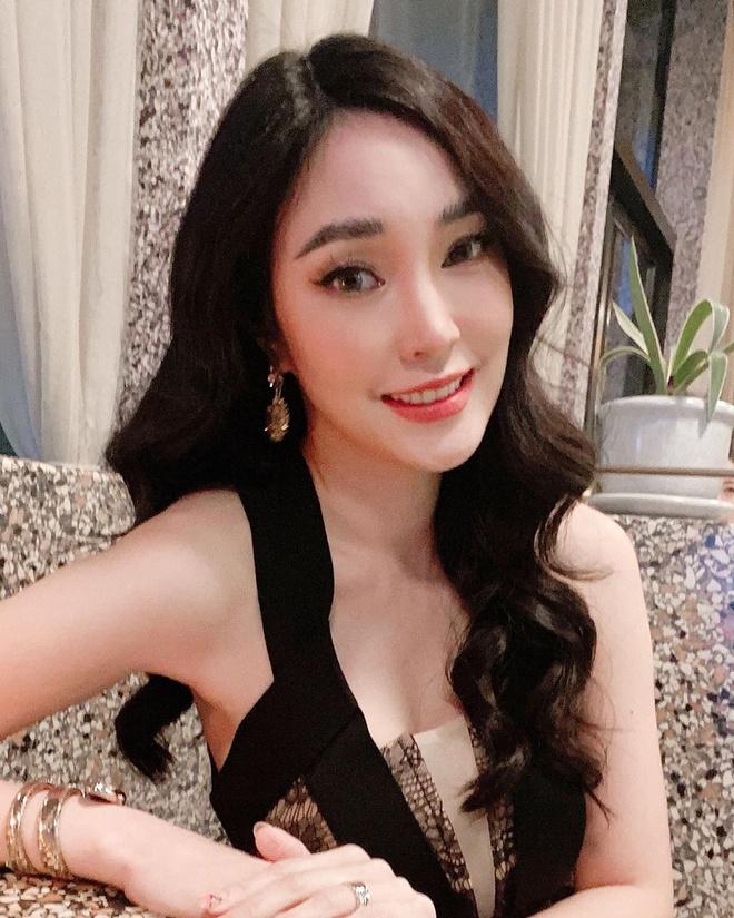 Sao nu Thai Lan hanh phuc ben tinh moi sau khi chia tay Chanathip hinh anh 8