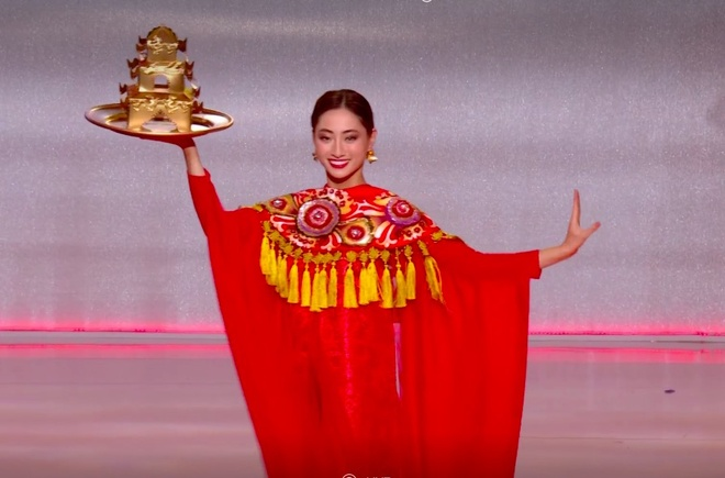 Jamaica dang quang Hoa hau The gioi, Luong Thuy Linh dung o top 12 hinh anh 8 Anh_chup_Man_hinh_2019-12-14_luc_21.49.23.jpg