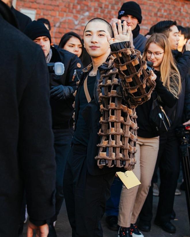 Tae Yang (Big Bang) thu hut voi kieu dau troc hinh anh 3 o0864108014695700616.jpg